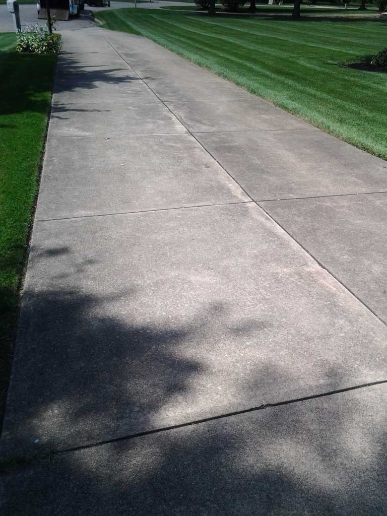 Driveway cleaning before all cleanall clean for Concrete driveway cleaner