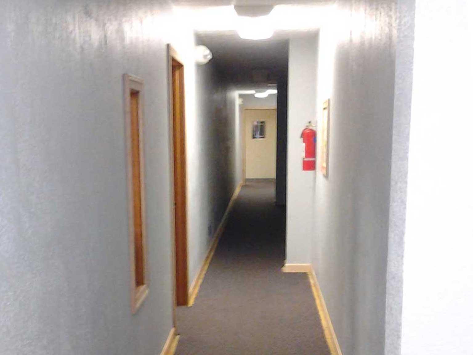 rec-center-wallpaper-wall-after